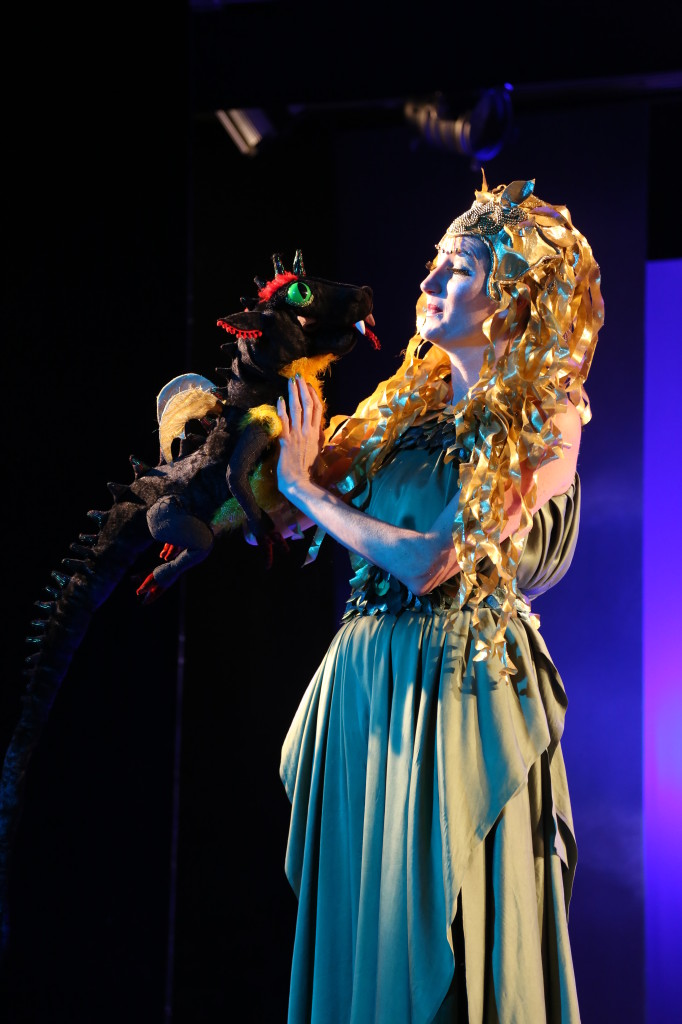 Hier im Alleethetaer Hamburg als Elfenkönigin Titania Foto: Dr.J.Flügel